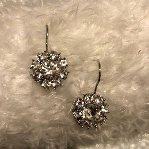 Jewelry - 30% OFF BUNDLES Silver rhinestone drop earrings